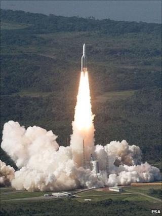 Ariane 5 lift-off