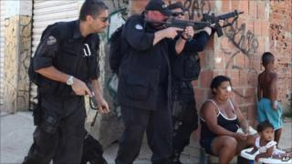 Police on patrol in Complexo do Alemao on 29 November