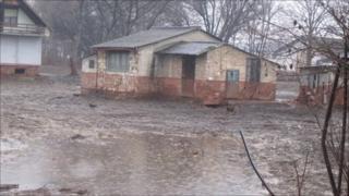 House damaged by sludge, Devecser