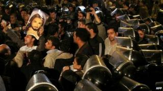 Alexandria - Copts and police clash