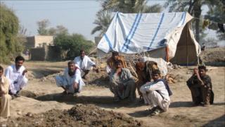 Paka Ghalwa residents
