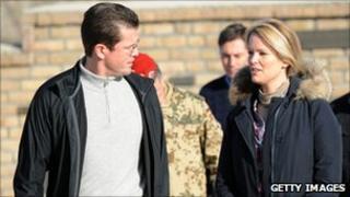 German Defence Minister Karl-Theodor zu Guttenberg with wife Stephanie in Afghanistan (13 Dec 2010)