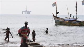 Takoradi fisherman and oil platform