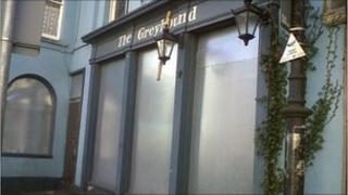 Boarded up pub in Pontypool