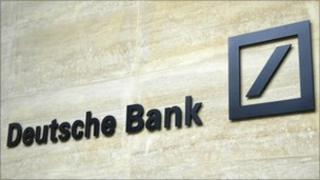 Logo on a Deutsche Bank building