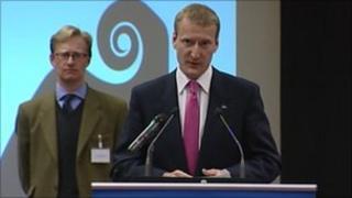 Tavish Scott makes a speech after holding Shetland