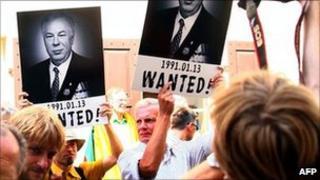 Protest in Vilnius against Austria's release of Mikhail Golovatov, 18 Jul 11