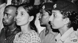 File photo of Murugan (far left) and Nalini (second from left) at their 1991 court room appearance