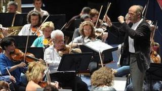 Ivan Fischer conducts the Budapest Festival Orchestra