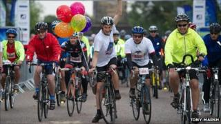 Graeme Obree helps launch cycling evnt