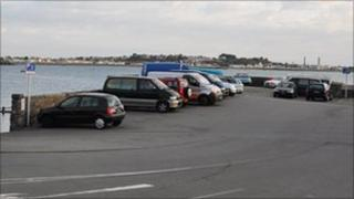 Cars parked on Salerie Battery