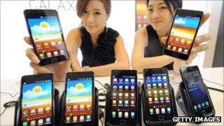 Models showing Samsung Galaxy phones