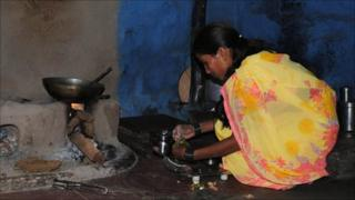 Sonali Borade prepares lunch for her family