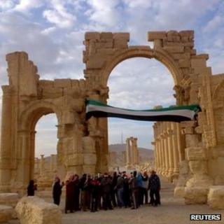 Demonstrators protest against Syria's President Bashar al-Assad after Friday prayers in the ancient city of Palmyra, in the heart of the Syrian desert November 18, 2011.