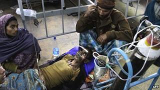 Toxic alcohol victim in Diamond Harbour hospital, 15 Dec
