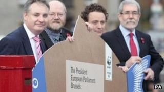 L to R: Scottish Fisheries minister Richard Lochhead, Director of WWF Scotland Dr Richard Dixon, Chef Tom Kitchin and Bertie Armstrong Chief Executive Scottish Fishermen Federation