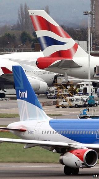 Aeroplanes at airport