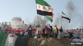 Anti-government protesters in in Amuda. 27 Dec 2011