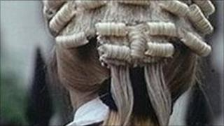 lawyer's wig