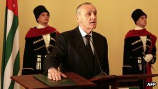Alexander Ankvab being sworn in as president of Abkhazia in Sukhumi, 26 September 2011