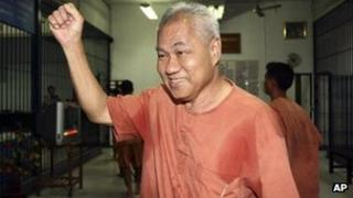 Surachai Danwattananusorn arriving at court on 28 February 2012