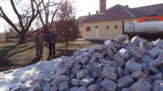 Another shipment of briquettes arrives in Veszto