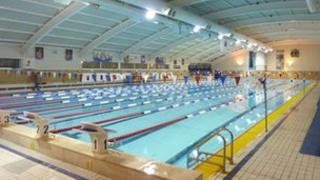 london 2012 china 39 s olympic swimmers to train in bath bbc news