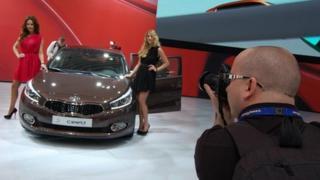 Photographer snaps Kia's second-generation Ceed at the 2012 Geneva motor show