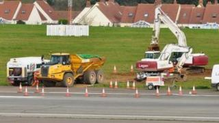 Work on Guernsey Airport runway