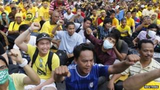 Thousands of Bersih supporters occupy the centre of Kuala Lumpur