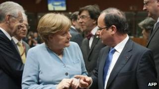 German Chancellor Angela Merkel and French President Francois Hollande in Brussels, 23 May 2012