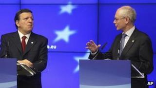 European Council President Herman Van Rompuy (right) and EU Commission President Jose Manuel Barroso, 24 May 12