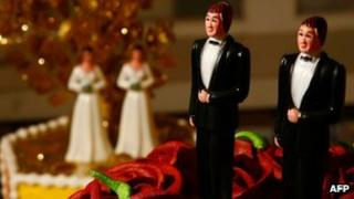 Same-sex figurines on a wedding cake on California