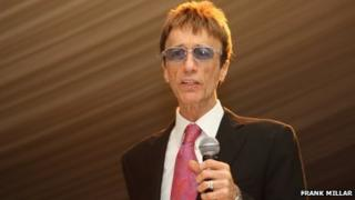Robin Gibb with microphone