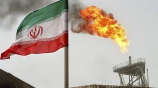 Iranian oil production platform at Soroush oil fields