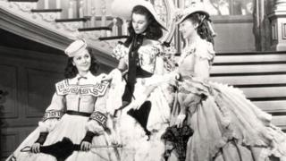 Ann Rutherford, Vivien Leigh and Evelyn Keyes in Gone With the Wind