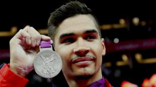 Louis Smith with silver medal