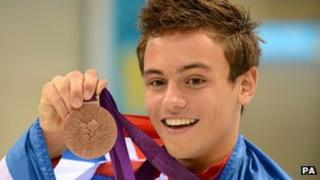 Tom Daley with bronze medal