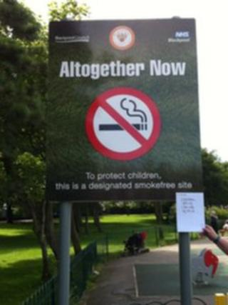 Smokefree signs