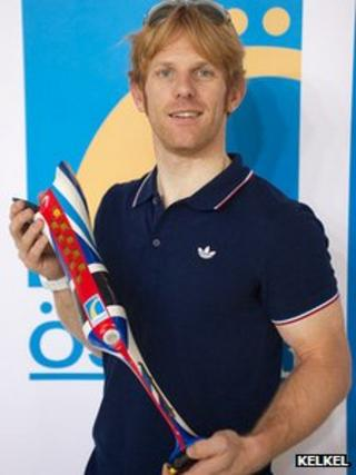 Jody Cundy and his red, white and blue leg