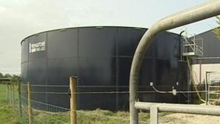 Slurry tank