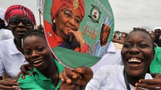 Supporters of Liberia's Ellen Johnson Sirleaf (file photo)
