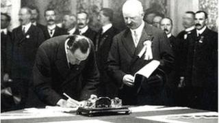 Edward Carson was first to sign the Ulster Covenant at Belfast City Hall in 1912