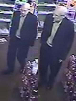 CCTV pictures of Ronnie Simpson
