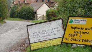 Lingen bridge closure signs