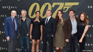 Bond cast