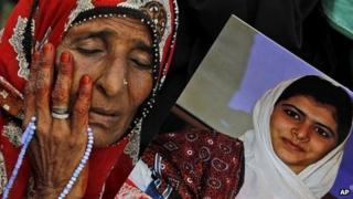 Malala supporter in Karachi