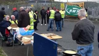 Strike picket in Plymouth
