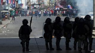 Panamanian Special Forces in the streets of Panama City during a protest against a new law authorizing the government to sell land in Colon Free Zone, 26 October