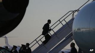 President Obama boards flight to return from Orlando